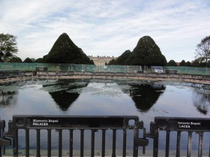 Floating pontoon at Hampton Court Palace